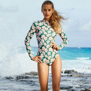 New acacia swimwear 'ehukai one-piece OG mahalo S